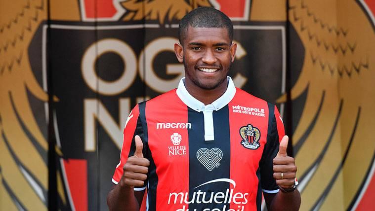 Marlon Santos ya enamora a los aficionados del Niza