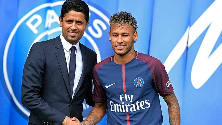 Al-Khelaifi cierra los ojos ante la polémica Neymar-Cavani