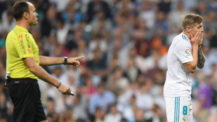 POLÉMICA: El Madrid estuvo unos minutos con 12 jugadores