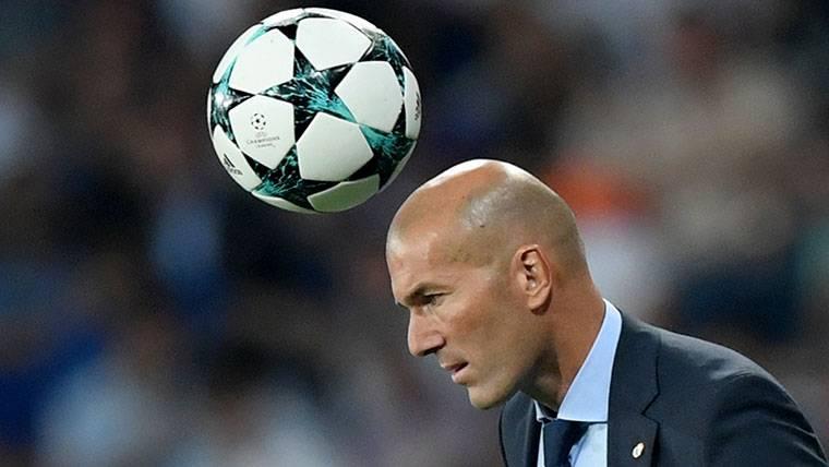 El puesto de Zidane en el Real Madrid empieza a peligrar