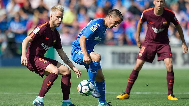 Y el sustituto de Busquets en el Barça es... Ivan Rakitic