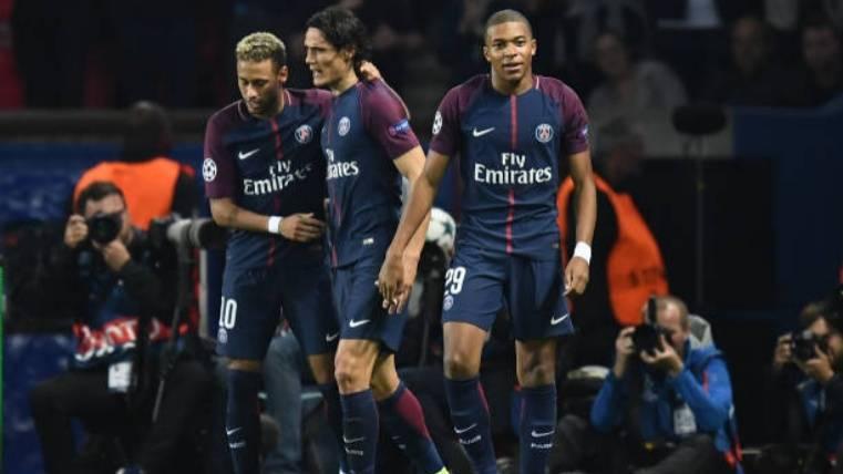 Neymar celebra el tercer gol ante el Bayern
