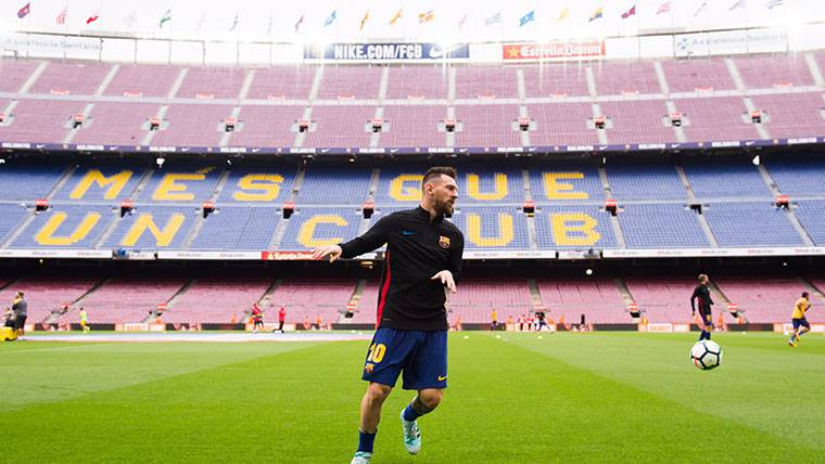 Messi ya forma parte del podio por la Bota de Oro 2018