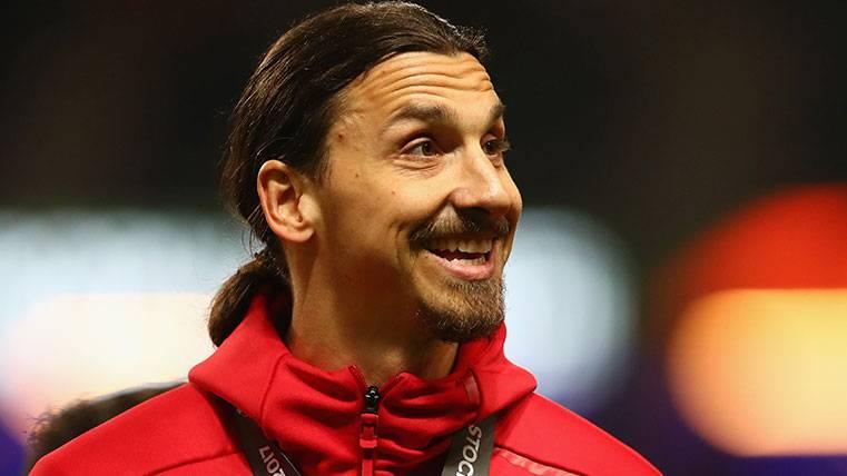 ¡Zlatan Ibrahimovic recibe una vacilada de cumpleaños!
