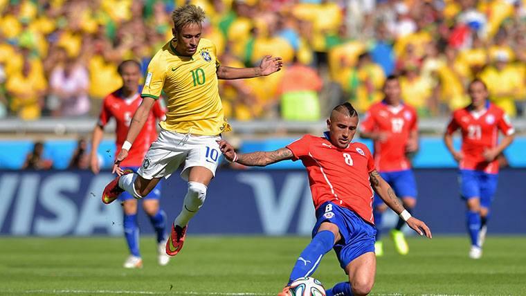 El rival de Neymar que también quiere a Messi en el Mundial