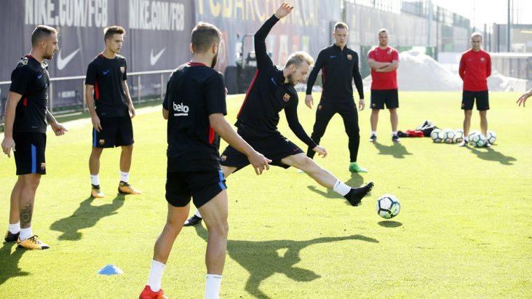 Valverde recupera a Rakitic, Alba y Busquets