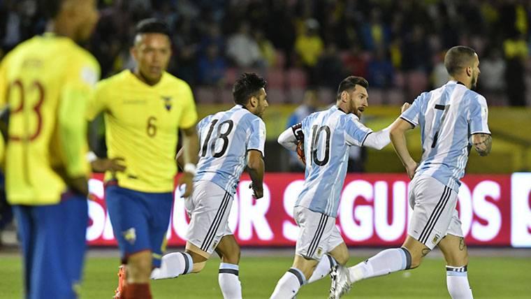 Leo Messi, celebrando uno de los goles marcados a Ecuador