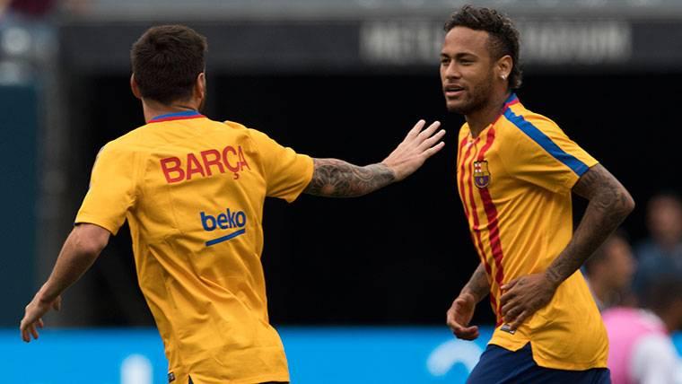 Neymar, contento con el pase de Messi al Mundial 2018