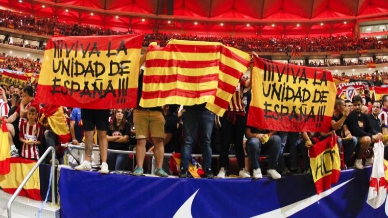 El Wanda recibió al Barcelona hostilmente... y pitó a Piqué