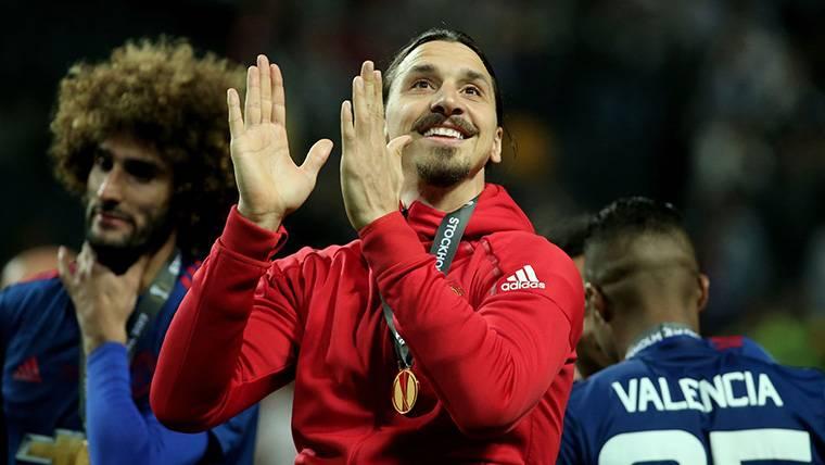Ya hay día para la reaparición de Ibrahimovic con el United