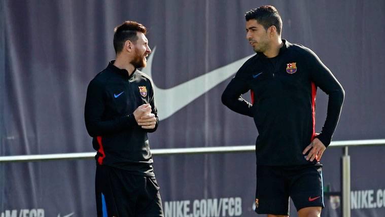 Los divertidos momentos de Messi y Suárez con sus hijos