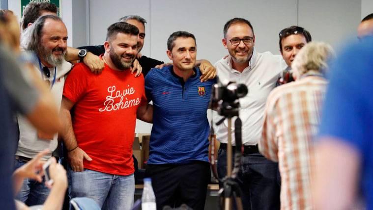 Ernesto Valverde, una estrella más en el Barça-Olympiacos