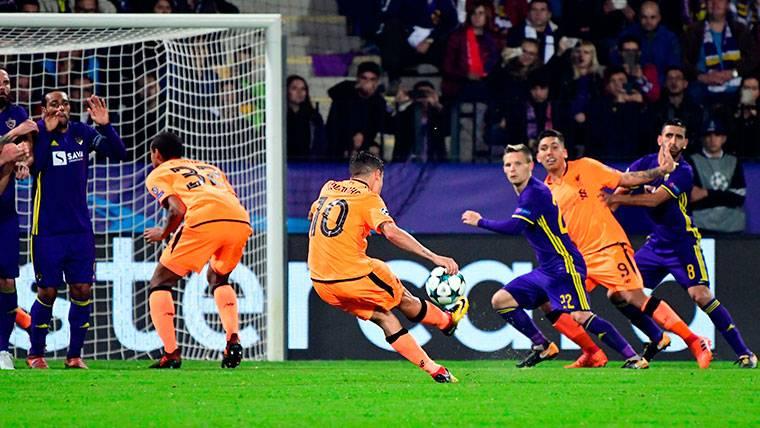 Coutinho, afinado en el palizón del Liverpool en Champions
