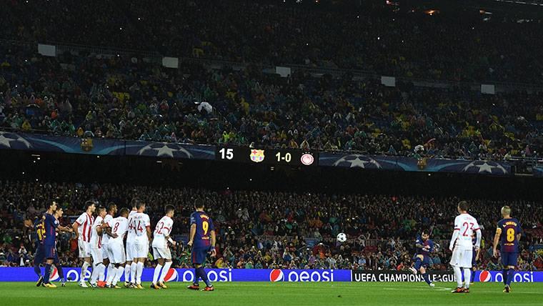 Roncero 'vacila' a Messi y queda en ridículo en las redes sociales