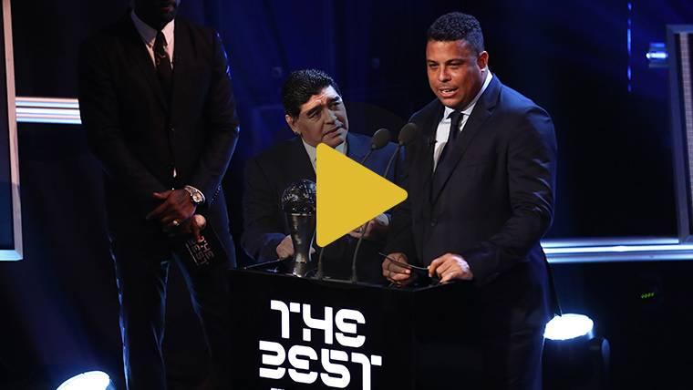 El divertido 'show' de Maradona y Ronaldo en la gala The Best