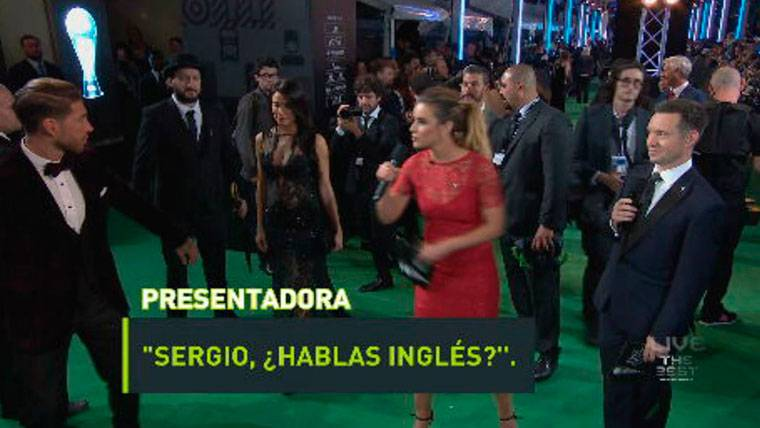 """""""Sergio, ¿hablas inglés?""""... Y Ramos se dio a la fuga"""