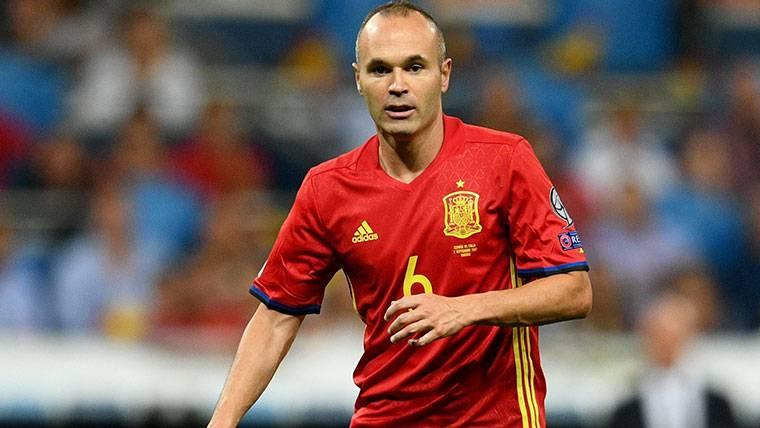 ¡Iniesta, convocado con España pese a no tener el alta médica!