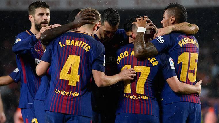 El FC Barcelona, celebrando un gol marcado al Sevilla