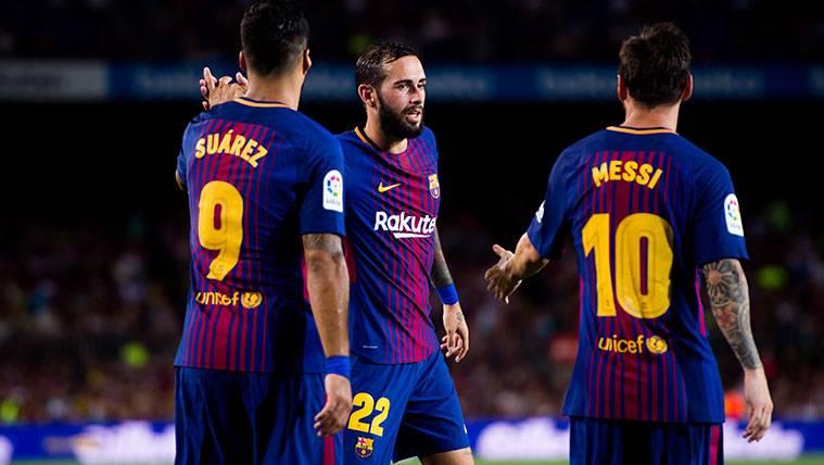 Aleix Vidal en un partido con el FC Barcelona