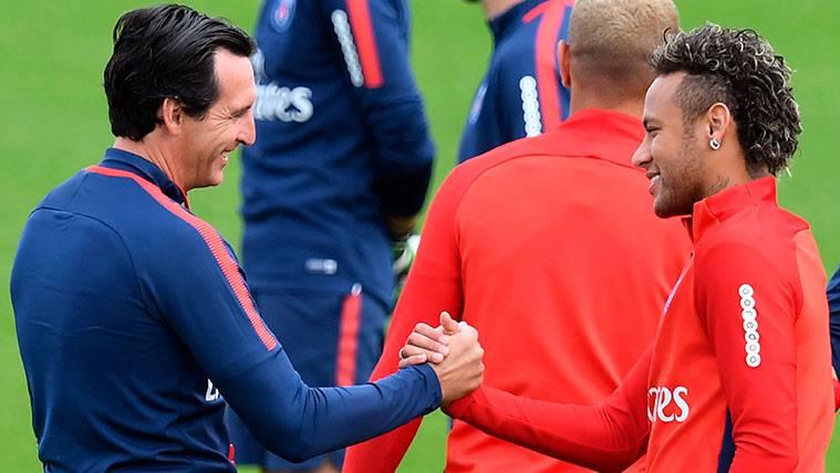 """Emery protagoniza su propio """"se queda"""" con Neymar en el PSG"""