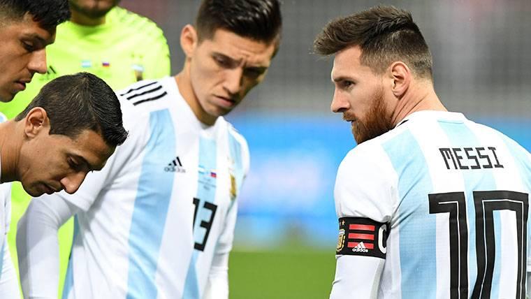 ¿Pagaron a Lionel Messi y más jugadores por unos amistosos?