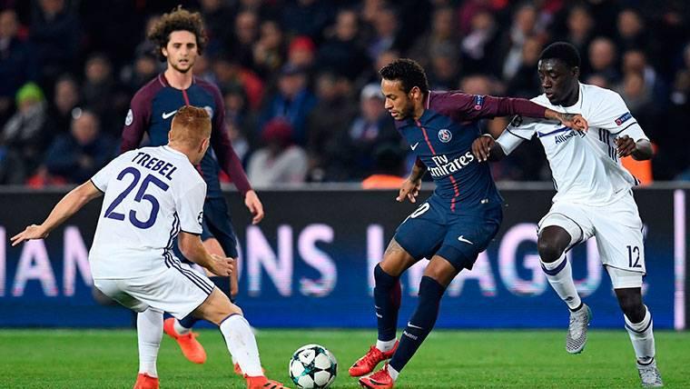 Desmentido lo de Neymar y la cláusula para ir al Real Madrid