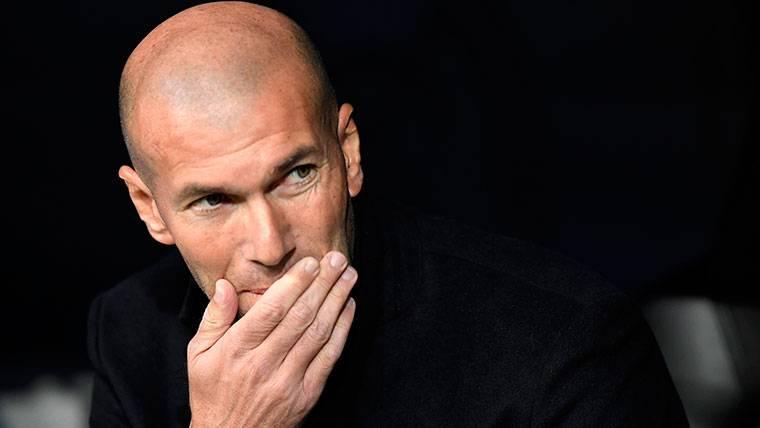 """Zidane admite """"diferencias"""" entre Ramos y Cristiano"""
