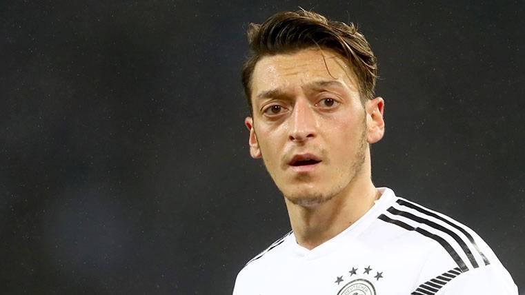 Dudas en el fichaje de Özil por si es un nuevo 'caso Arda'