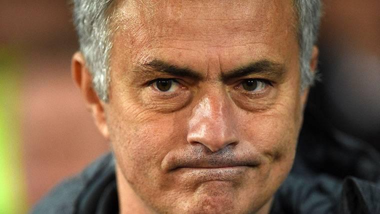 José Mourinho se vuelve a cebar con uno de sus jugadores
