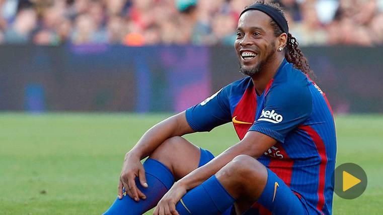 La felicitación más cariñosa de Ronaldinho al FC Barcelona