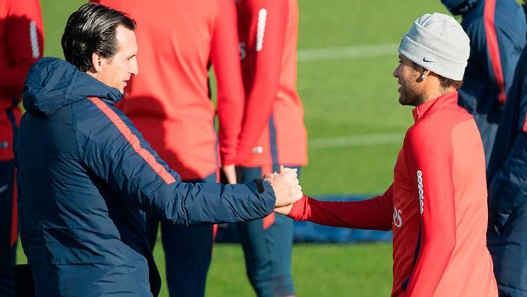 """""""Los árbitros deben proteger a jugadores como Neymar"""""""