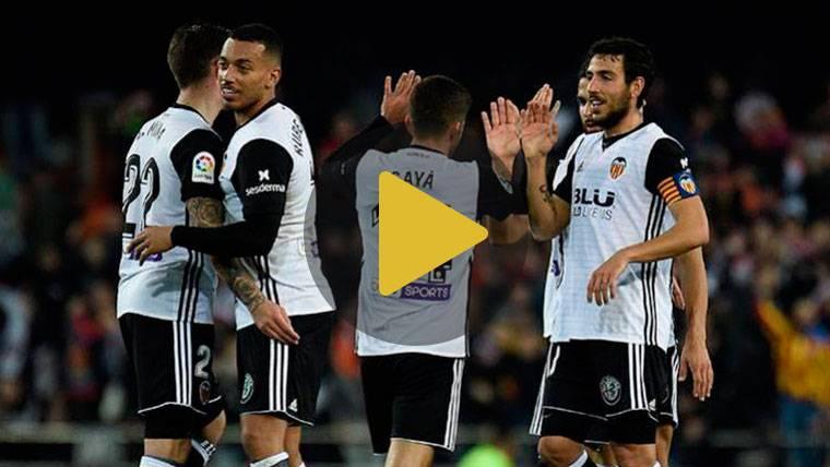 El Valencia derrota al Celta y mete presión al Barcelona