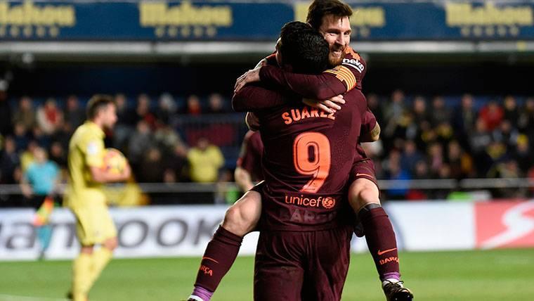 Messi sentenció al Villarreal con dos balones sobre el césped