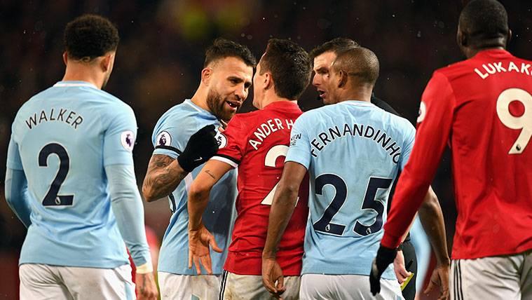 ¡El derbi de Manchester acaba con pelea en los vestuarios!
