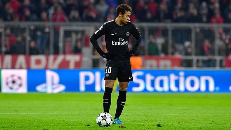 Neymar, a liquidar a un Madrid que le quiere ver de blanco
