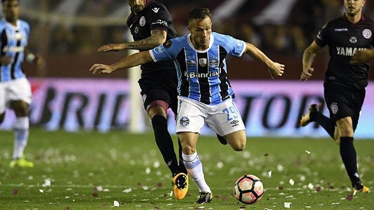 El Barcelona trabaja para acelerar en el fichaje de Arthur