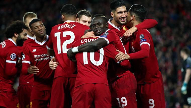 El vestuario del Liverpool asume que Coutinho se irá al Barça