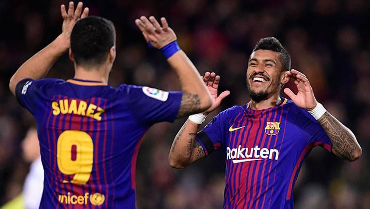 Paulinho no perdona: Dos rechaces, doblete con el Barça