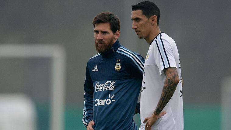 En el once virtual de Di María, ¡Maradona y Messi son suplentes!
