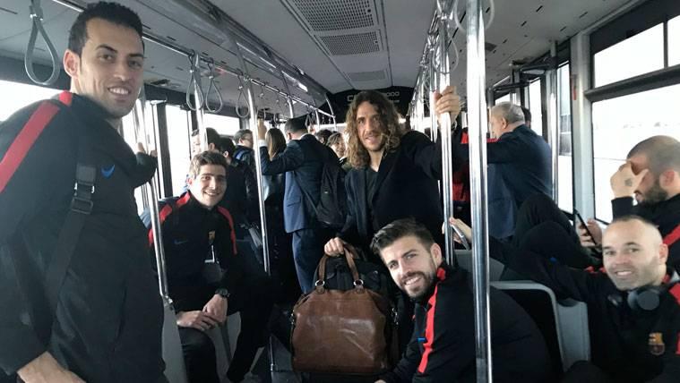 La felicitación de Puyol tras el Clásico, orgullo de la Masia