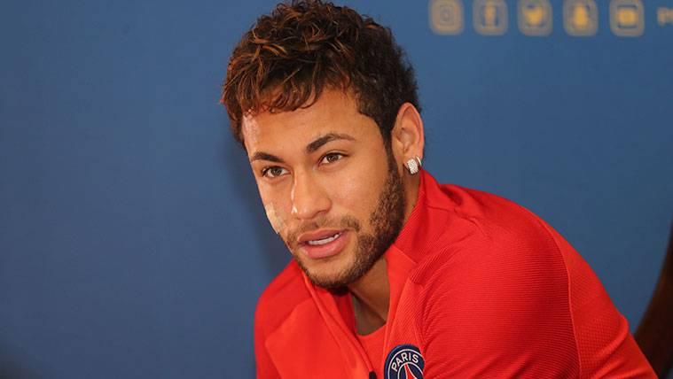 Neymar habla sobre el Balón de Oro, la Champions y el Mundial