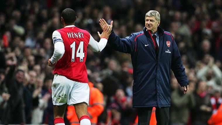 Arsène Wenger atiza a Thierry Henry por sus críticas al Arsenal