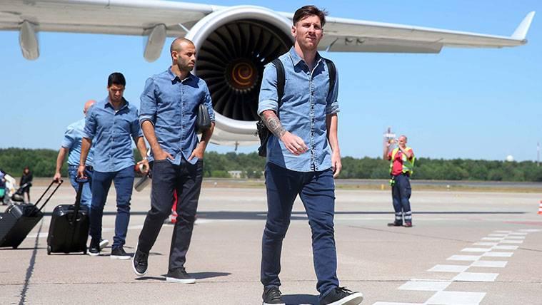 Messi, Mascherano y Suárez ya están de nuevo en Barcelona