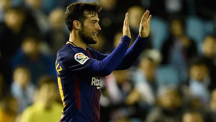 Arnáiz escribe su nombre junto al de otros ilustres del Barça