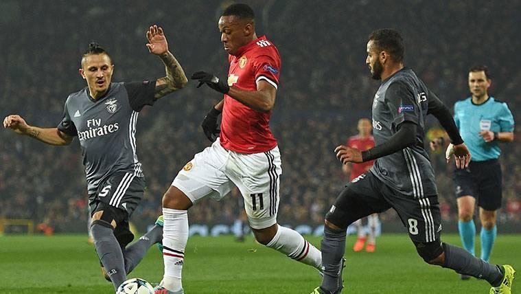 Douglas, el problema sin solución para el Benfica en enero