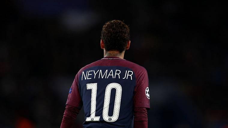 Neymar Jr, durante un partido con el Paris Saint-Germain este curso