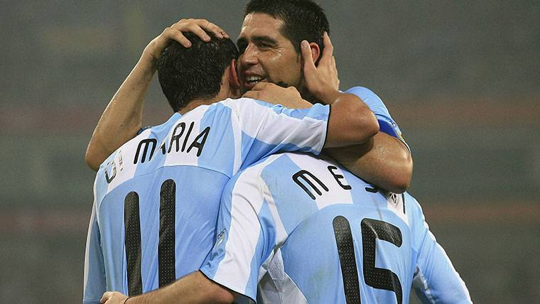 Riquelme ve a Messi ganando el Mundial 2018 con Argentina