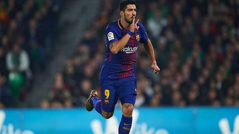 PISTOLERO: Luis Suárez disparó primero contra el Espanyol