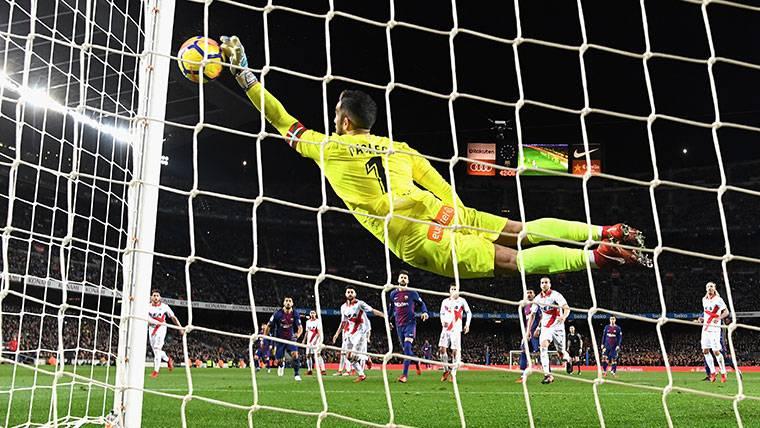 El Alavés se quejó de 3 polémicas arbitrales contra el Barça