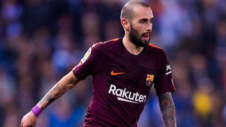 Dzeko puede hacer que Aleix Vidal se quede en el Barça